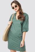 NA-KD Boho V-Neck Short Puff Sleeves Dress - Green
